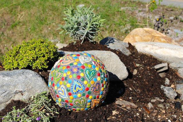 hepi-Garten Kräutergarten mit Tonkugel
